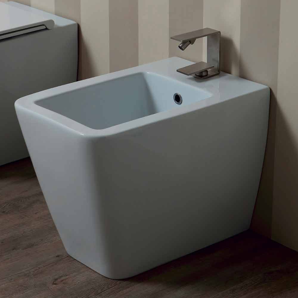 Modern design white ceramic bidet Sun 55x35 cm made in Italy
