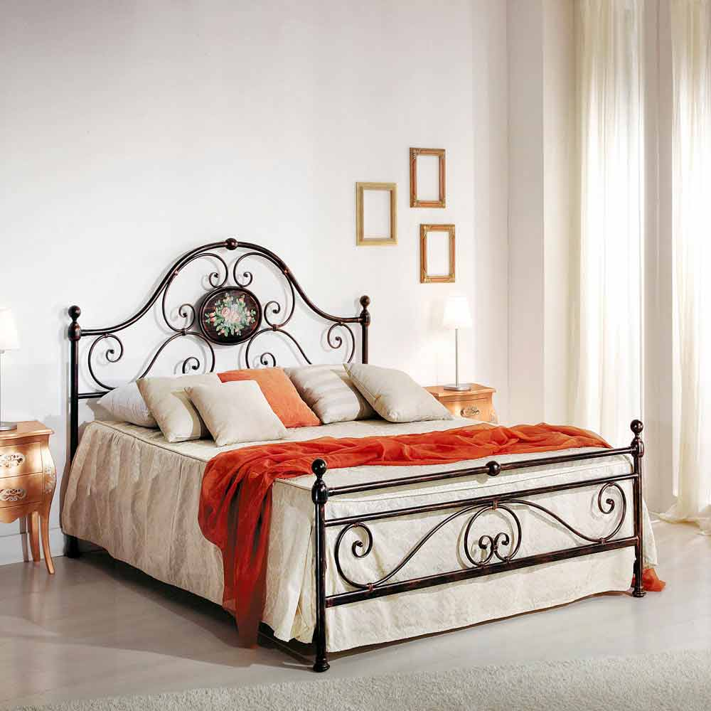 Wrought Iron Double Bed Alexa Classic Design Handmade In