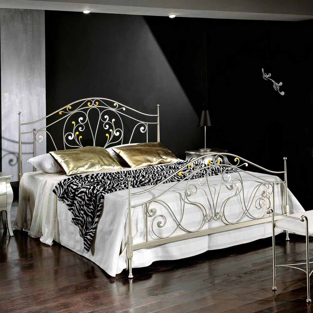 Iron Double Bed Made Of Iron Jessica Classic Design