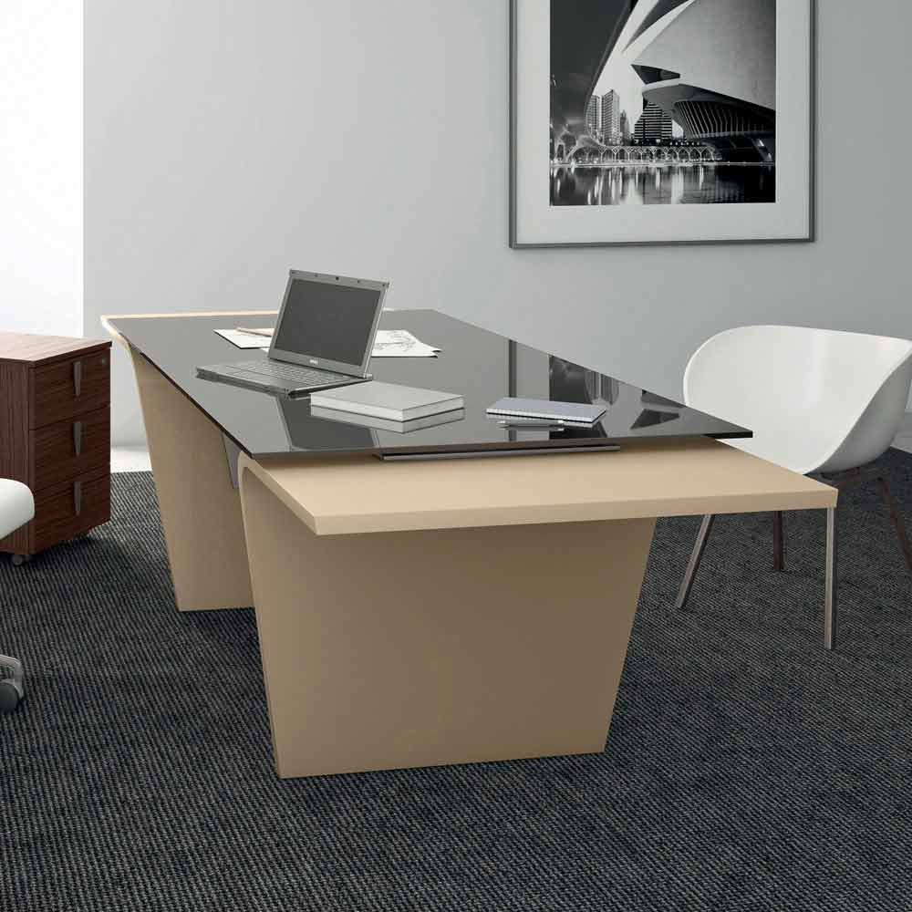 Office desk larus with glass top designed by andrea stramigioli - Glass top office desk ...