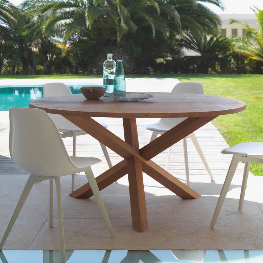 round outdoor dining table made of mahogany wood bridge by talenti. Black Bedroom Furniture Sets. Home Design Ideas