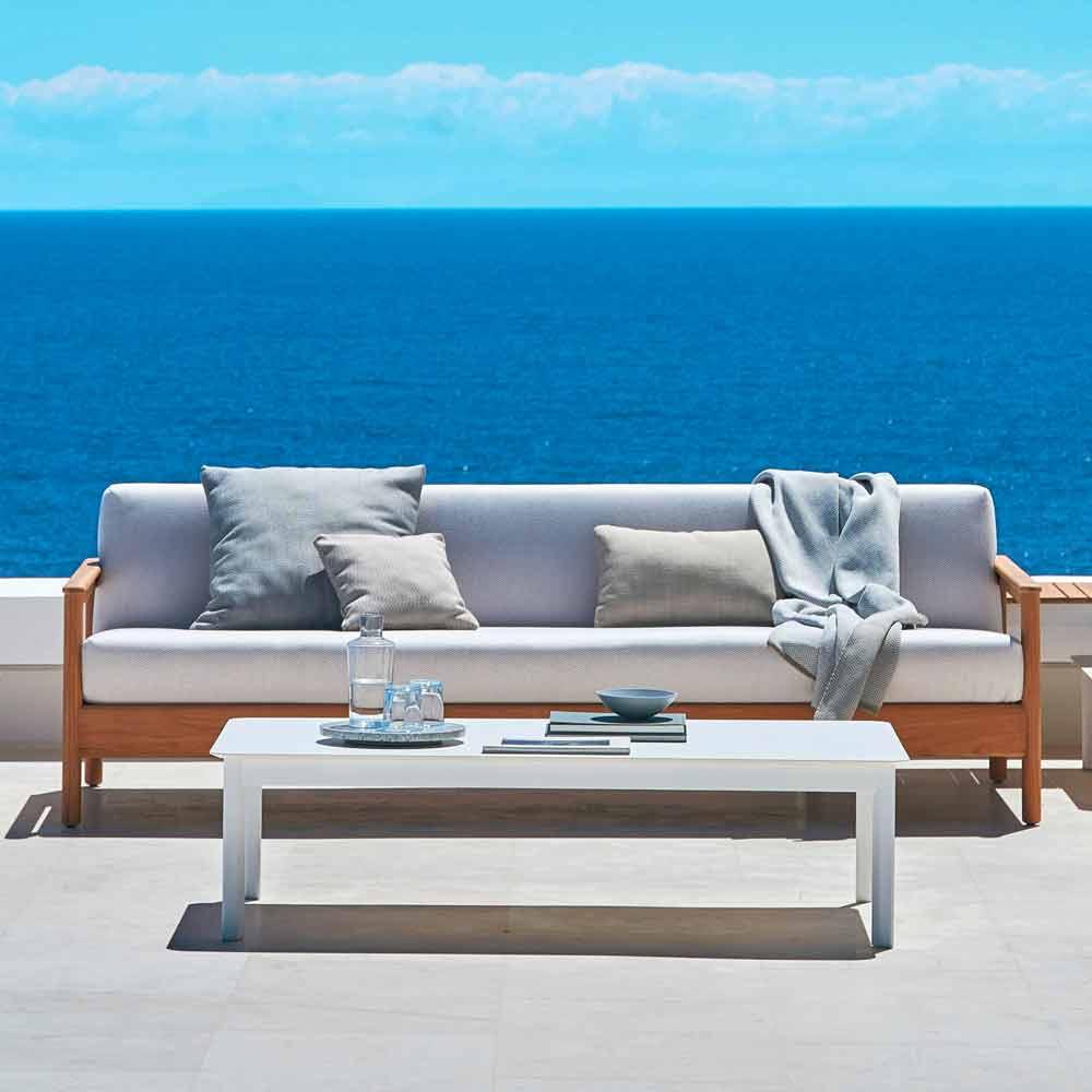 Modern 3-seat outdoor sofa in solid teak wood Bali by Varaschin