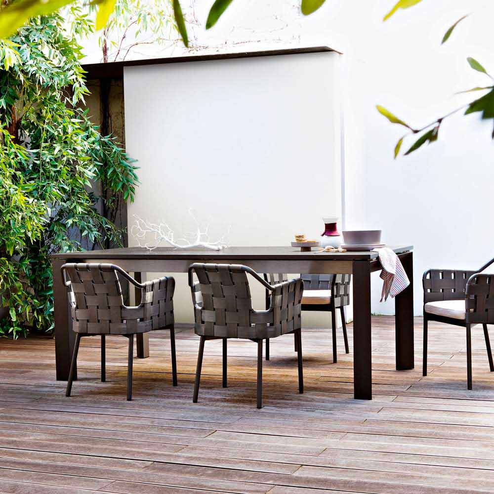 Varaschin dolmen extensible garden table extendable up to for Table 120 cm extensible