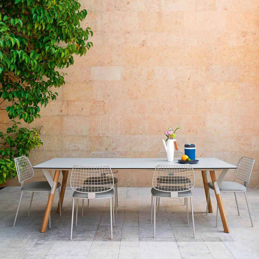 Giardino Collection Outdoor Dining: Varaschin Link Outdoor Extendable Dining Table With Teak