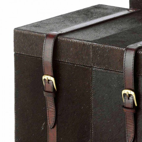 2 design trunks in Ceskini dark brown pony, big and small