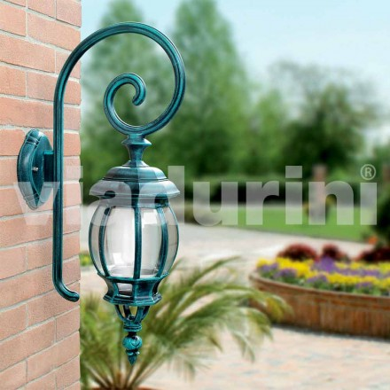 Outdoor wall die-cast lamp made with die-cast aluminum, Anika