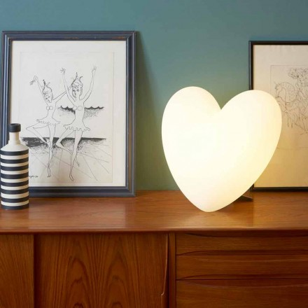 Colored heart-shaped table lamp Slide Love, produced in Italy