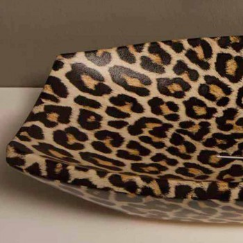 Cheetah ceramic countertop washbasin made in Italy by Laura