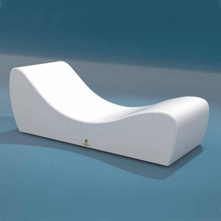 White outdoor lounge chair Onda by Trona, made of marine faux leather