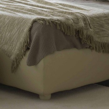 Padded double bed with capitonné Rennes Bolzan headboard