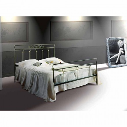 Wrought-iron small double bed Pan