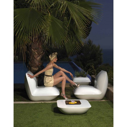 Modern garden armchair, made with polyethylene Pillow by Vondom