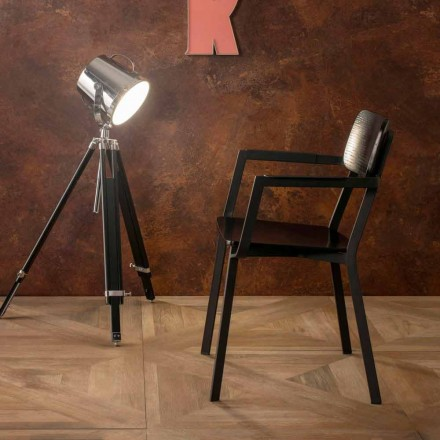 Modern armchair of modern design in metal and wood Elmas