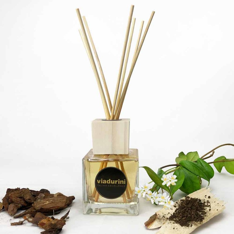 Ambient Fragrance Oud Wood 200 ml with Sticks - Ventodisardegna