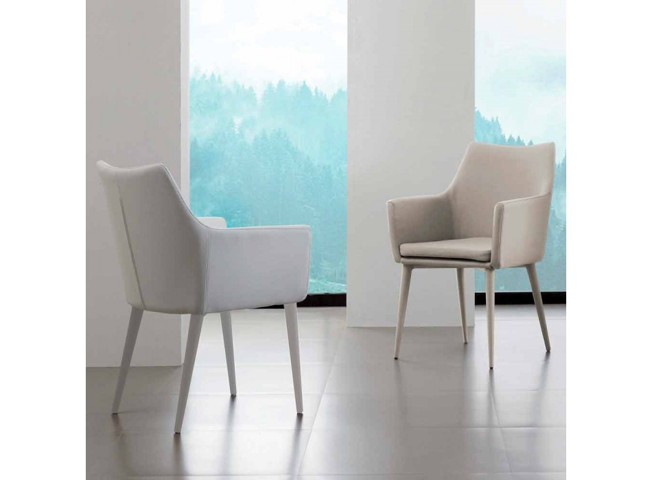 Chair with armrests in metal covered in Carlina eco-leather