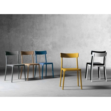 Design outdoor/indoor chair in polypropylene made in Italy, Peia
