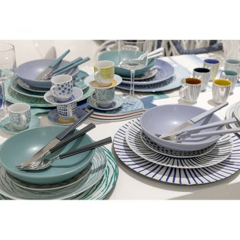 Colored Steel Cutlery Set Complete with Design 24 Pieces - Backdrop