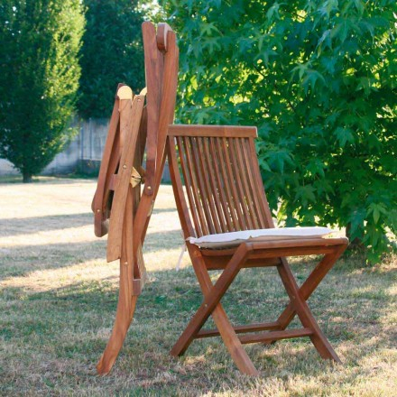 Foldable teak wood garden chairs