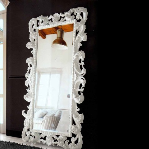 Baroque carved wooden mirror with Wanda bevelled mirror