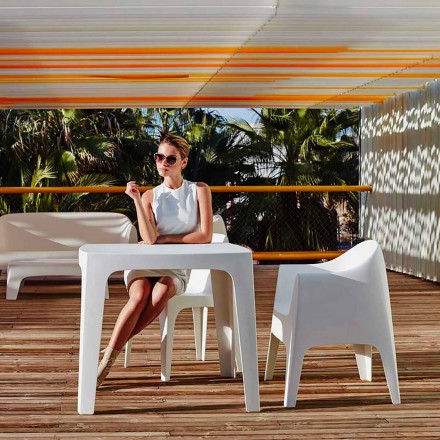 Outdoor square table Solid by Vondom in polypropylene, modern design, 4 pieces