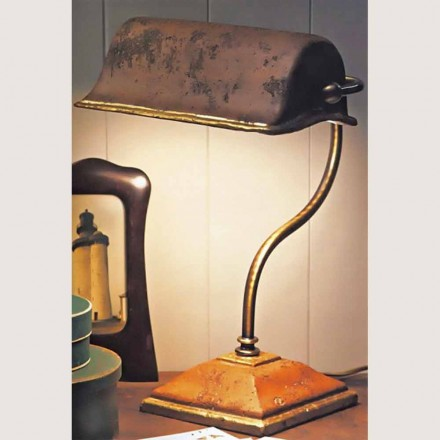 Toscot Vinci handmade terracotta table lamp made in Tuscany