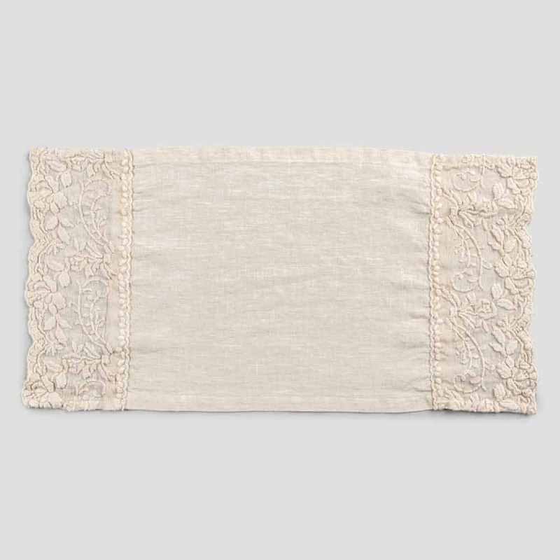 American Design Breakfast Placemats in Linen with Embroidery 2 Pieces - Vippelino