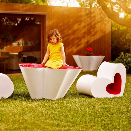 Vondom Agatha table and flower pot in polyethylene, modern design
