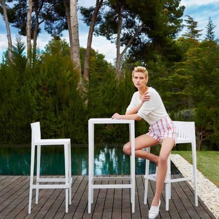 Vondom Spritz outdoor set with table and 2 white stools, modern design